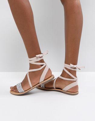 433a545c137199 Quelle est donc la meilleure sandales plates pour 2018